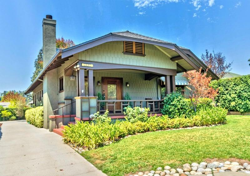 Pasadena Quintessential Craftsman house